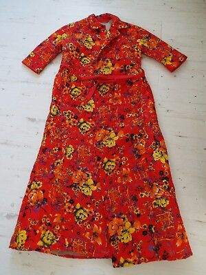 Funky 1960s Vintage Quilted Nylon Ladies Dressing Gown Red/Chinese Design UK 14