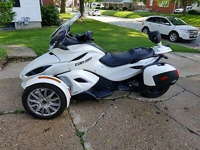 2013 Can-Am ST Limited SE5  2013 Can-Am SE Limited SE5
