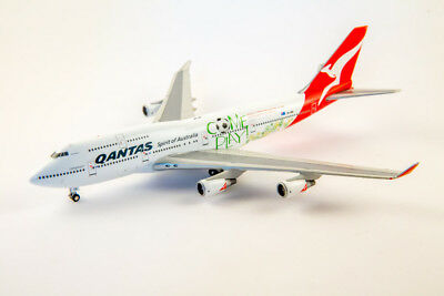 "Gemini Jets 1:400 scale diecast model Qantas 747 ""World Cup"" VH-OEB. GJQFA1001"