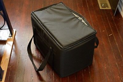 Restaurant linen Insulated Nylon Food Delivery Bag USED 23in x 13in x 15in Black