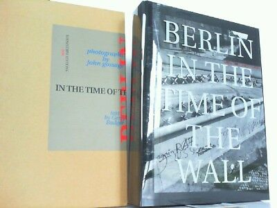 Berlin in the Time of the Wall. Gossage, John and Gerry Badger: