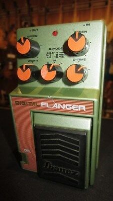 Vintage 1989 Ibanez DFL Digital Flanger Guitar Effects Pedal Green and Orange