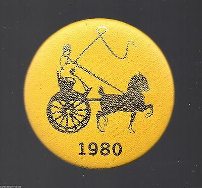 Vintage 1980 Hackney Horse Buggy Carriage Show Race Button Pin exhibitor badge