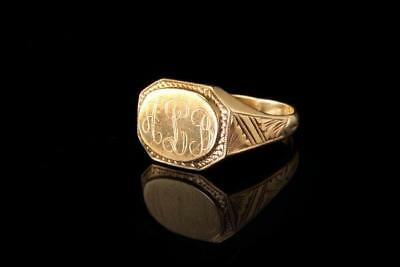 Antique Victorian 10K Yellow Gold Engraved Alb Ring Signet