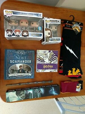 harry potter wand, books, figurines
