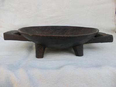 259 / Good Size Wooden Antique19Th Century Hand Carved African Zulu Food Bowl