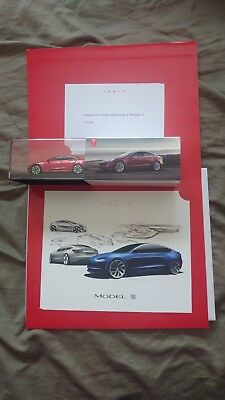 Tesla Model 3 Exclusive Day One Reservations Gifts - Diecast 1:43 model + Print