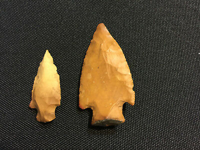 AUTHENTIC (2) AUSTIN,TEXAS ARROWHEADS FROM A COLLECTION         stock#4A