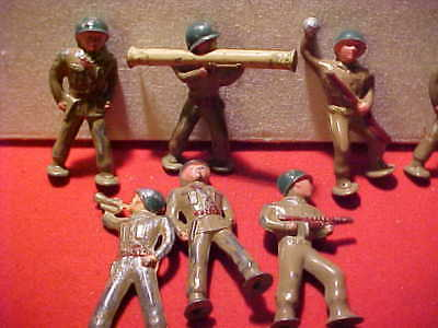 Vintage Lot of 7 Heavy Metal (Lead I believe) Soldiers and weapons WW 2