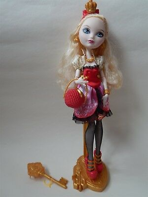 Ever After High - Core Royals, Apple White fashion doll - Mattel 2012