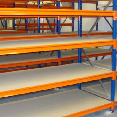 Hand loaded warehouse racking 40 bays 3m H x 600mm D 1.85m W x 5 Levels