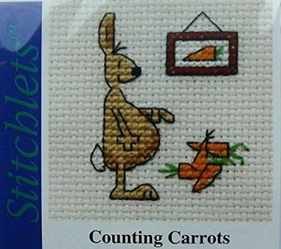 Mouseloft Mini counted Cross Stitch kit - Counting Carrots