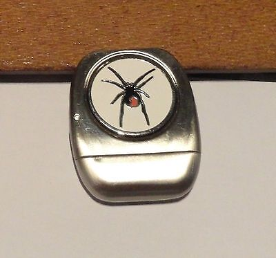 1 only GOLF CLUB BRUSH SILVER WITH  GOLF BALL MARKER RED BACK SPIDER