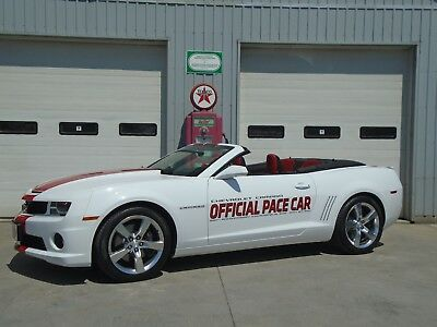 Chevrolet: Camaro 2SS RS CONVERTIBLE INDY 500 PACE CAR 2011 CHEVROLET CAMARO CONVERTIBLE 2SSÉRS INDY 500 PACE CAR - 1 of 50