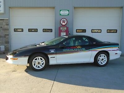 Chevrolet: Camaro Z28INDY 500 PACE CAR - ONLY 12,400 KM 1993 CHEVROLET CAMARO Z28 INDY 500 PACE CAR - ONLY  12400 KMs