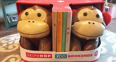 Skip Hop Set of 2 Monkey Zoo Bookends Nursery Playroom Decor New in Box