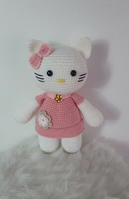 A first look at my book: Hello Kitty Crochet – amiguruMEI | 400x260