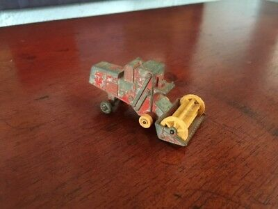 ~ Vintage Collectable Lesney Die-cast Model Combine Harvester No. 65 ~
