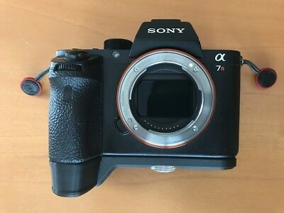 Sony A7 SERIES GRIP EXTENSION GP-X1EM SIMILAR - ABS 3D
