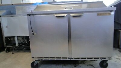 refrigerated prep table beverage air 48 sandwich mod. SPE48-08. Works great