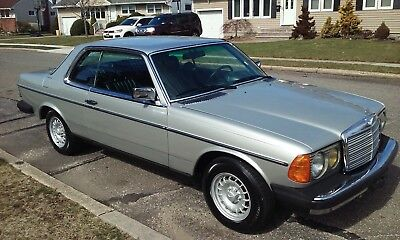 1985 Mercedes-Benz 300-Series W123 GORGEOUS IMMACULATE 66K MILE 300CD COUPE TURBO DIESEL W123