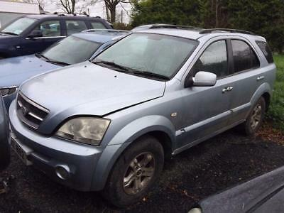 2004 KIA Sorento breaking with manual gearbox and most other parts