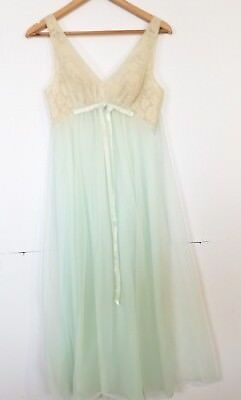 Vintage Lingerie Glamour Lace Flowy Gown Vanity Fair Overlay XS Blue Beige Lace