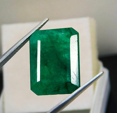 Natural 8.75 Cts. Beautiful Emerald Cut Colombian Loose Emerald Gems. KH