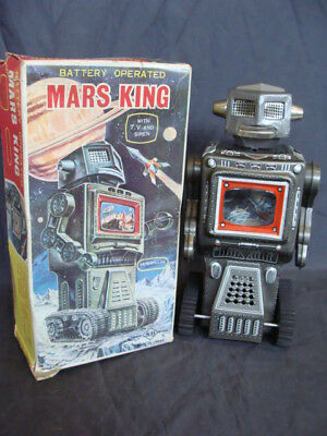 Robot Mars King Caterpillar SH Horikawa battery operated with t.v. and siren