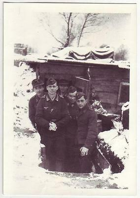 German Wwii Small Size Photo: Luftwaffe Soldiers, Wintertime, Agfa Photo Paper
