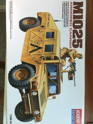 Academy M1025 Armored Carrier + Aftermarket Model Kit 1/35
