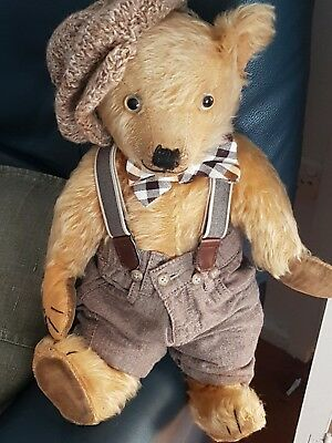 Antique Chiltern Bear - 17inches approx - mohair- fully jointed- super cute❤