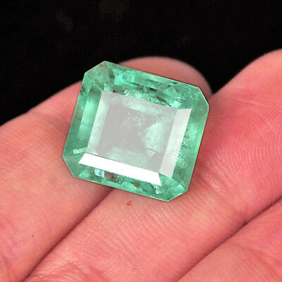 15.2CT 100% Natural Muzo Colombian Emerald Collection UQMDa-T120