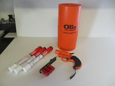 Vintage Olin 12 Gauge Marine Signal Flare Launcher Kit Container Hand Held GUC!!