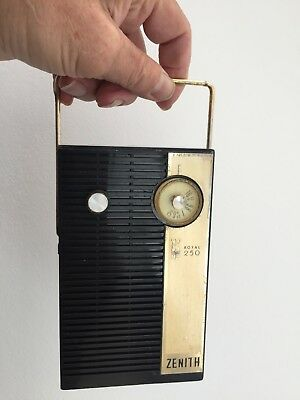 Zenith Royal-250 1959 Classic Usa Transistor Radio Working Condition