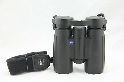 Zeiss Conquest 8X30 B T* Binoculars. Very Good Condition. Fast Shipping. 8 X 30
