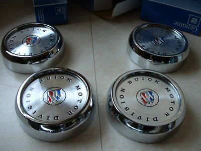 NOS Buick Center Caps Emblem Electra LeSabre Rally 1236446 1960s Hub Hubcap Box