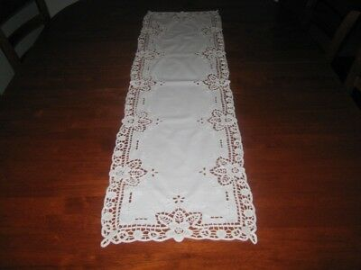 Vintage Table Runner ~ Cotton & Lace ~ White