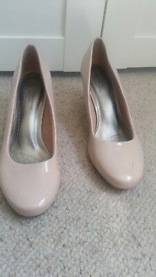 M &s Collection Insolia Wide Fit Nude/beige Patent Court Shoes  Size 8