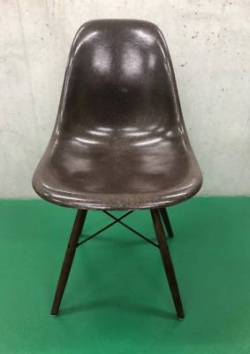 Eames side chair - seal brown
