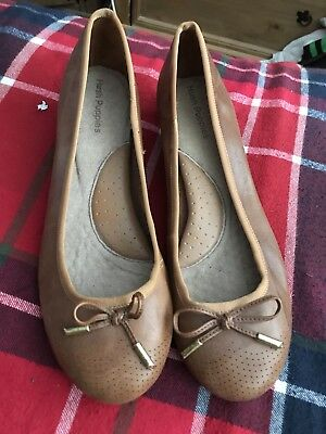 Brand New Hush Puppies Brown Wedges