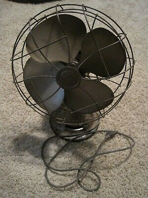 Vintage Emerson Working Electric Oscillating Fan Type 77646-SL