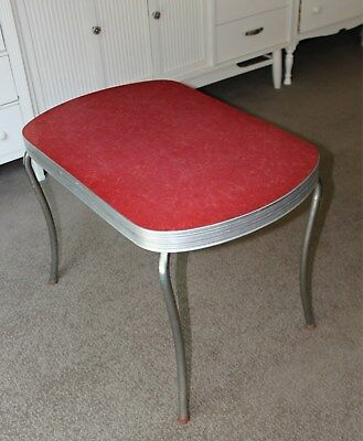 Vintage Retro Mid Century Formica End Table / Kid's Table / Coffee Table