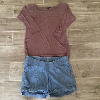 Women's Lot of 2 -Maternity top and shorts sz XS- Gap/Old Navy