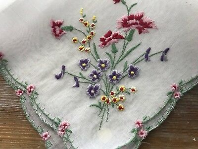 A+ Vintage UNUSED Hankie Swiss Embroidered Spring Flowers Violets Carnations WT