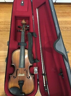 Violin 3/4 Size - Beginners - Excellent Condition