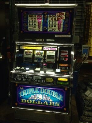 IGT Triple Double Dollars SLOT MACHINE