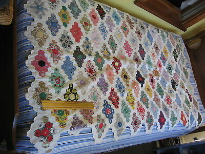 """Calico 1930s Grandmas Flower Garden all hand quilted Cotton Quilt 68"""" x 38"""" mint"""