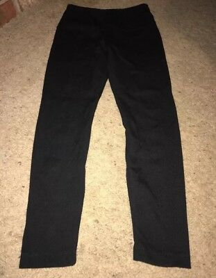LYSSE Women's Leggings M Black Medium Control Tummy Fitted Capri Short Pants