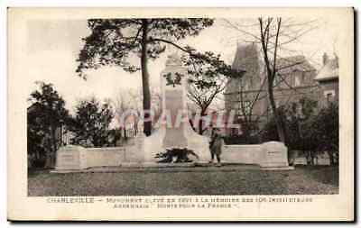 Charleville - Monument aux Morts - CPA
